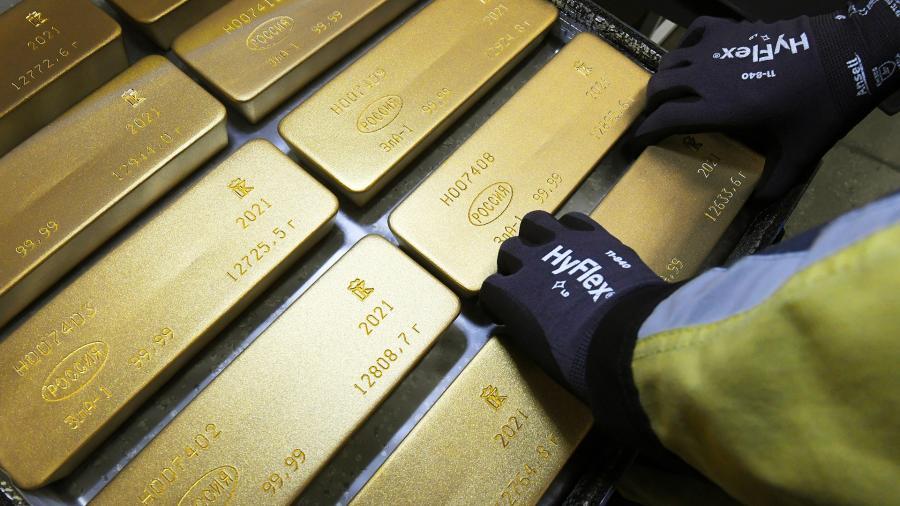 В 2020 году граждане РФ приобрели 5 тонн золота