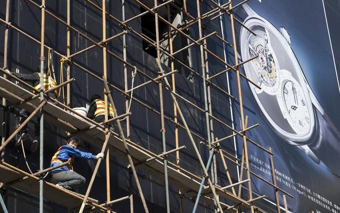 Экспорт швейцарских часов не вернется к уровню существовавшему до COVID-19, до 2023 года